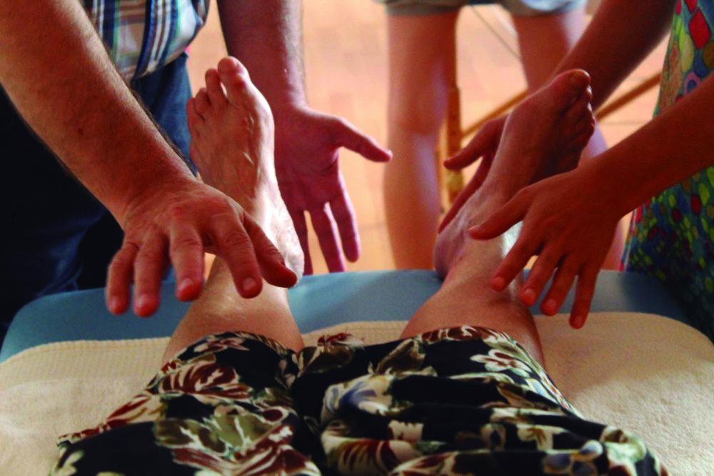El arte de curar con las manos